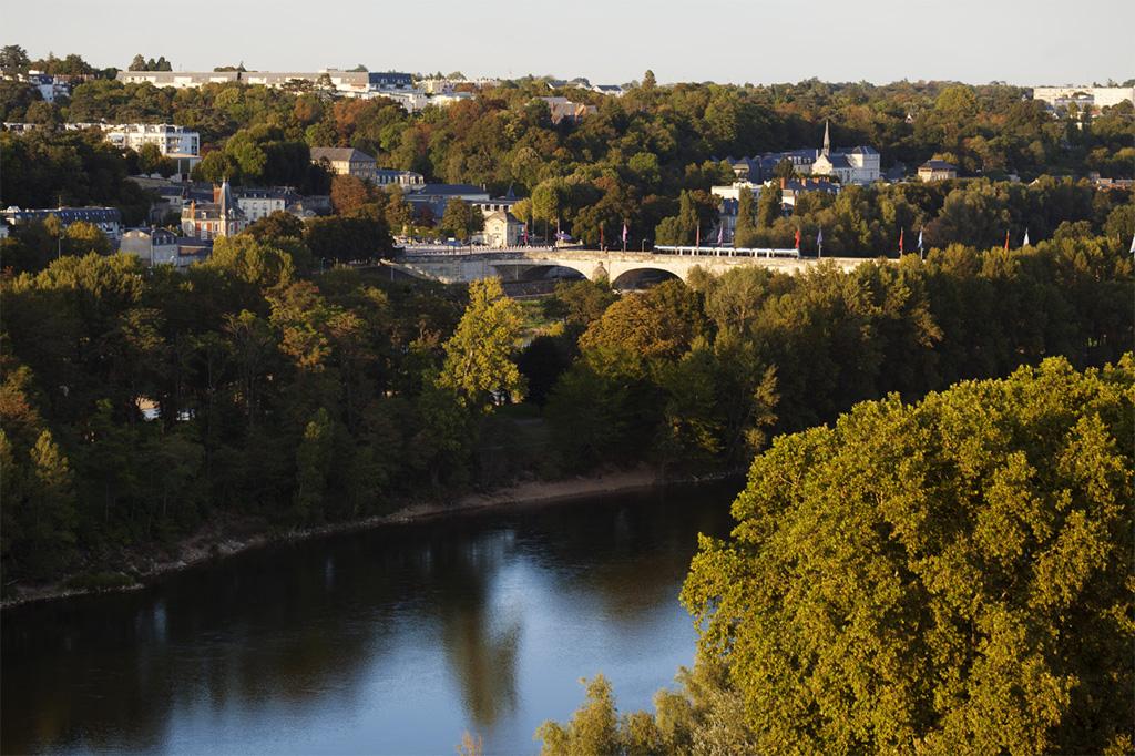 Vue de la Loire à Tours